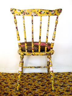 Chairs, with fabrics treated with beautiful colors and designs. Waterproof against household accidents. Prepared and protected against chafing of daily use. Shabby chic - antique - custom hand - recycling art - furniture designs - Facebook: Lenna Custom Designs Art Furniture, Furniture Design, Shabby Chic Antiques, Rocking Chair, Custom Design, Dining Chairs, Recycling, Household, Fabrics