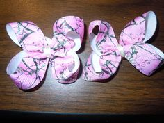 Pair of pink Camo hair clips by DixieMadeBows on Etsy