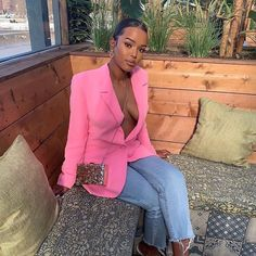 Women's work clothes don't have to be boring: Step up your business casual look with our trendy work clothes for young professionals! Black Women Fashion, White Fashion, Curvy Fashion, Look Fashion, Autumn Fashion, Fashion Outfits, Womens Fashion, Casual Outfits, Cute Outfits