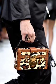 Las mejores tendencias de París - Univision Belleza y Moda