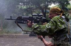 親露派が国境警備隊を襲撃、終日戦闘続く ウクライナ東部 国際ニュース:AFPBB News