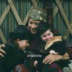 Mother hayme and grandsons, Savci was the sweetest toddler! Best Series, Tv Series, Resurrection Series, Learn Turkish Language, Esra Bilgic, Beautiful Series, Asian Kids, Turkish Beauty, Turkish Actors