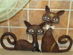 Ура,наконец то я воплотила в жизнь мечту сделать таких вот кошек,крашенных кота и кошку.Красила кофе и какао с ПВА и акриловыми красками чуть тонировала,рисовала глазки ими же. фото 1