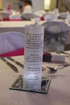 Déco mariage blanc, fuschia et argent - Table des invités