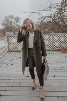 Cold Weather Dresses, Cold Weather Fashion, Wool Trench Coat, Long Wool Coat, Turtleneck And Blazer, Matching Sweaters, Oversized Coat, Cotton Cardigan