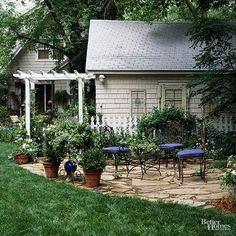 An arbor makes a charming addition to any patio. Not only does it help provide a focal point, but if you place it strategically, your arbor can also create an entrance or add privacy.