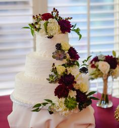 Let Valencia Hotel Group help you design and host a wedding celebration that enchants your guests and perfectly captures who you are as a couple. Downtown San Antonio, Flower Places, Floral Cake, Celebrity Weddings, Fresh Flowers, Valencia, Wedding Planning, Dream Wedding, Bride