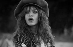 Is Rihanna Dating Matt Barnes? 'Diamonds' Singer Slams Barnes Publicly  http://www.movienewsguide.com/rihanna-dating-matt-barnes-diamonds-singer-slams-barnes-publicly/84689