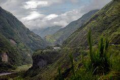 Between Shell and Baños in Ecuador