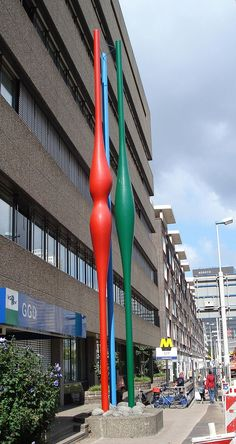Rotterdam kunstwerk groeinormen.jpg