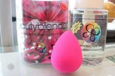 Beauty blender worth the hype? just ask court! Beauty Blender Pro, Beauty Blender How To Use, Makeup 101, Makeup Blog, Make Me Up, How To Make, Makeup Sponge, Health And Beauty Tips, Pretty Makeup