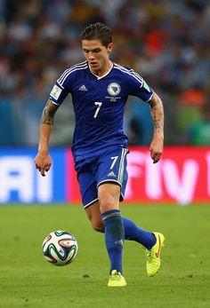 I love him. I will always watch any game that he plays in :)