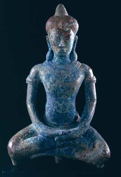 "Bhairava mudra, ""fierce gesture"" to surrender and meditate. Khmer Bronze Sculpture of the Buddha, Cambodia, 12th to 13th century."