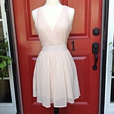 """Fit and Flare Lace Dress Light and airy and fully lined, blush colored, bust is 34"""", waist is 28"""" with lots of stretch, length is 34"""" elasticized waist Love Riche Dresses"""