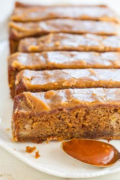 Caramel Macchiato Banana Bread – Banana bread that tastes like a caramel macchiato!! Soft, tender, infused with salted CARAMEL and topped with a brown sugar glaze!! EASY and IRRESISTIBLE!! I love banana bread so much and have so many combinations including carrot banana, peanut butter apple, zucchini banana, blueberry banana, cream cheese filled, and 40+ more. But this is the first …