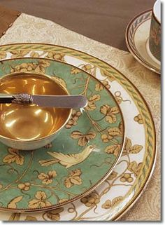 Wedgwood Golden Bird