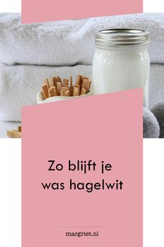 zo blijft je witte was na iedere wasbeurt hagelwit Diy Home Cleaning, Household Cleaning Tips, Household Cleaners, House Cleaning Tips, Cleaning Hacks, Spice Rack Organization, Nutella Jar, Housekeeping Tips, Laundry Hacks