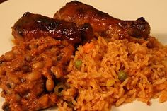 African foods: jollof chicken and beans stew. - La Toyza - African foods: jollof chicken and beans stew. African foods: jollof chicken and beans stew. Nigeria Food, Ghanaian Food, West African Food, Jollof Rice, Cooking Recipes, Healthy Recipes, Easy Recipes, Bean Stew, Gastronomia