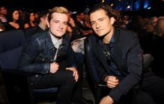 "Josh dans les backstages des ""MTV Movie Awards 2014"" (Los Angeles 13-04-2014)."