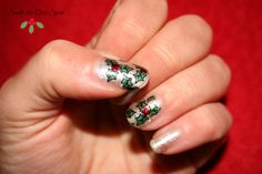 Holly Holo Nails - A England & MoYou Festive Plate Collection 03