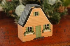 Vintage 70s-80s Pink Wooden Block House Shabby by SycamoreVintage