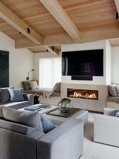 This Renovated Sea Ranch Retreat Is an Absolute Must-See - Photo 5 of 14 -