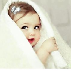 Image discovered by Zici. Find images and videos about baby and baby cute sweet on We Heart It - the app to get lost in what you love. Cute Kids Pics, Cute Baby Girl Pictures, Cute Baby Girl Wallpaper, Cute Little Baby Girl, Cute Babies Photography, Cute Funny Babies, Cute Baby Videos, Foto Baby, Expecting Baby