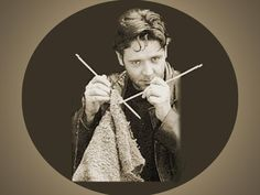 Russell Crowe; knitter