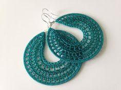 Tutoriales Bricolage, manualidades e ideas Crochet Earrings Pattern, Bead Crochet, Crochet Hooks, Crochet Patterns, Macrame Patterns, Crochet Ideas, Single Crochet Stitch, Double Crochet, Beading Needles