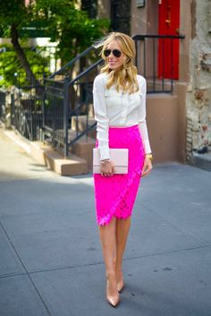 Outfits with Hot Pink Skirts. If women were asked to tell which shade of pink they liked best, most of them would choose hot pink. Hot pink is cute as well as snazzy. Pink Lace Skirt, Hot Pink Skirt, Pink Pencil Skirt, Pink Pants, Red Lace, Ruffle Top, Pink Skirt Outfits, Pencil Skirt Outfits, Pencil Skirts