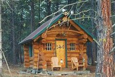 Simplify A tiny log cabin in the woods.I love log cabins. Log Cabin Living, Small Log Cabin, Tiny Cabins, Little Cabin, Log Cabin Homes, Cabins And Cottages, Cozy Cabin, Cozy Cottage, Little Houses