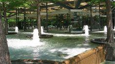 6558 Avanti Restaurant, Fountain Place, Dallas, Tx  dan kiley landscape architect dallas, texas dallas restaurant fountains www.fountainsdallas.com photo by John Prichard, via Flickr