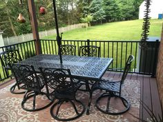 The Tuscany Level Rail Kit by Westbury Aluminum Railing is a sleek and adaptable railing for any home. Metal Deck Railing, Deck Railing Systems, Steel Railing, Stainless Steel Cable, Deck Design, Galvanized Steel, Outdoor Furniture, Outdoor Decor, Tuscany