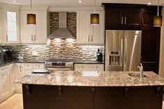Edmisto Kitchen cabinet - Contemporary style