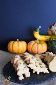 Biscotti alla zucca  #HL2019 #HALLOWEEN #DOLCI #BISCOTTI # ZUCCA #DOLCETTOOSCHERZETTO Carrots, Vegetables, Food, Essen, Carrot, Vegetable Recipes, Meals, Yemek, Veggies