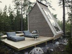 Groovy Space #Architecture  費用たったの100万円!湖のそばに建てられた美しいマイクロハウス「Nido」