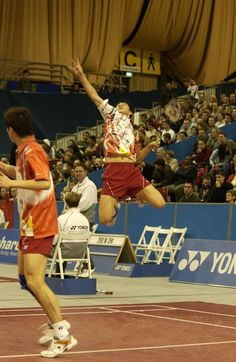 Pursuit Of The Perfect Jump Smash Badminton, Action Poses, Sports Stars, Sport Wear, Volleyball, Picture Quotes, Athlete, Basketball Court, Passion