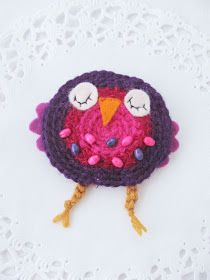 If you can crochet you could probably figure out how to make this cute owl. Cute Owl, Crochet Earrings, Crochet Hats, How To Make, Crafts, Craft Ideas, Ideas, School, Knitting Hats