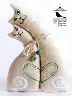 коты неразлучники выкройка: 8 тыс изображений найдено в Яндекс.Картинках Fabric Animals, Fabric Birds, Felt Patterns, Stuffed Toys Patterns, Sewing Toys, Sewing Crafts, Crochet Projects, Sewing Projects, Cat Quilt