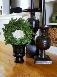 DIY boxwood topiary or wreath