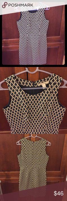 Banana Republic dress Dress from banana republic. Beautiful cut, zipper back. Cold wash, tumble dry low Banana Republic Dresses