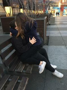 60 Romantic And Cute Couple Goal Photographs For Your Endless Romance - Page 21 of 60 - Cute Hostess Relationship Goals Pictures, Cute Relationships, Cute Couple Pictures, Cute Photos, I Phone 7 Wallpaper, Couple Fotos, Calin Couple, Belle Nana, Conversation Starters For Couples