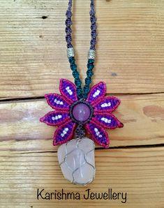 Rose Quartz flower necklace