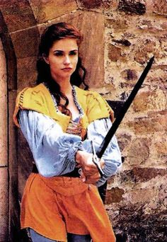 Princess Fantaghiro   I want this costume (in other colours maybe)