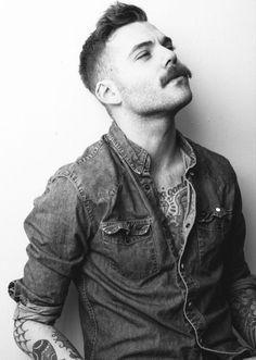 Hair men hipster moustache Ideas for 2019 Hipster Haircuts For Men, Hipster Hairstyles, Mustache Styles, Beard No Mustache, Movember Mustache, Great Beards, Awesome Beards, Beard Boy, Style Masculin