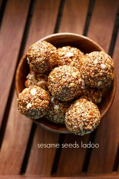 til ke ladoo recipe with step by step photos. healthy, delicious and simple recipe of ladoos prepared with sesame seeds, jaggery, peanuts and desiccated coconut. these sesame seeds laddus make for a good warming sweet snack for the winters. Eid Dessert Recipes, Indian Desserts, Indian Sweets, Sweets Recipes, Indian Food Recipes, Cooking Recipes, Indian Snacks, Diwali Recipes, Celiac Recipes