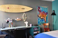 Chambre d'ado surfer : Chambre d'enfant de style Original par cecile kokocinski
