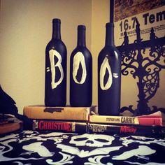 BOO halloween painted wine bottles DIY so easy