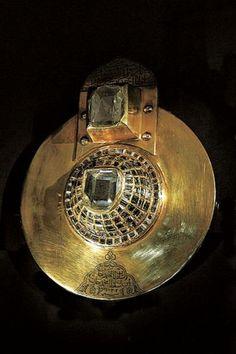 Bijuterie creata de Soliman Magnificul http://vacantierul.ro/turcia-istanbul-suleyman-magnificul-bijuterii/