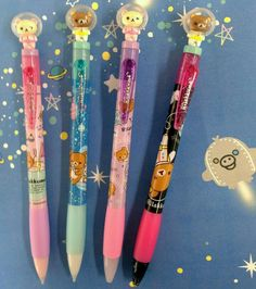 Space bear pens that r so kawaii Kawaii Pens, Kawaii Cute, Kawaii Stuff, School Stationery, Kawaii Stationery, Kawai Japan, Cute School Supplies, Office Supplies, Cute Pens